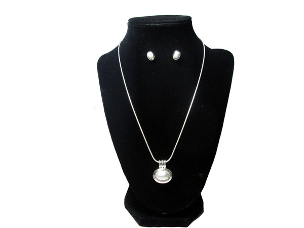 Circular Pearl Necklace and Earrings - Envee Styles Boutique