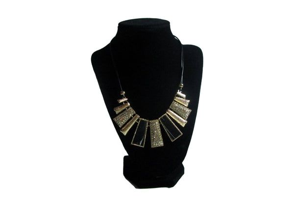 Black and Gold Necklace - Envee Styles Boutique