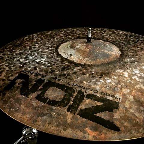 ZION Handcrafted Turkish Cymbals - 8 inch Dark Fury Splash