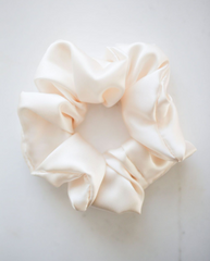 100% Silk Oeko-Tex Scrunchie - Cream