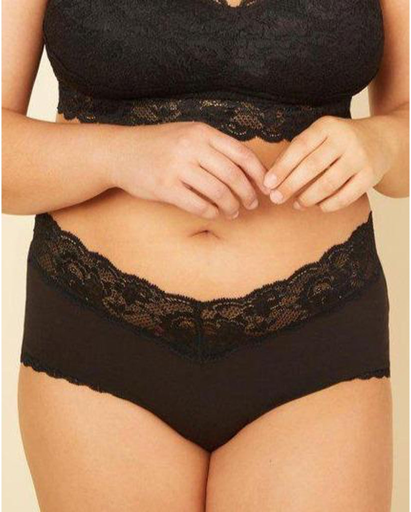 Curvy Boyshorts with Lace - Black