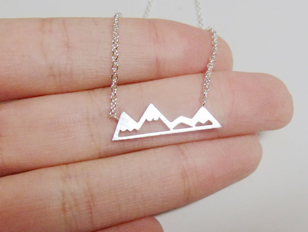 Dainty Mountain Necklace Online Silver & Gold-Rosa Vila Boutique