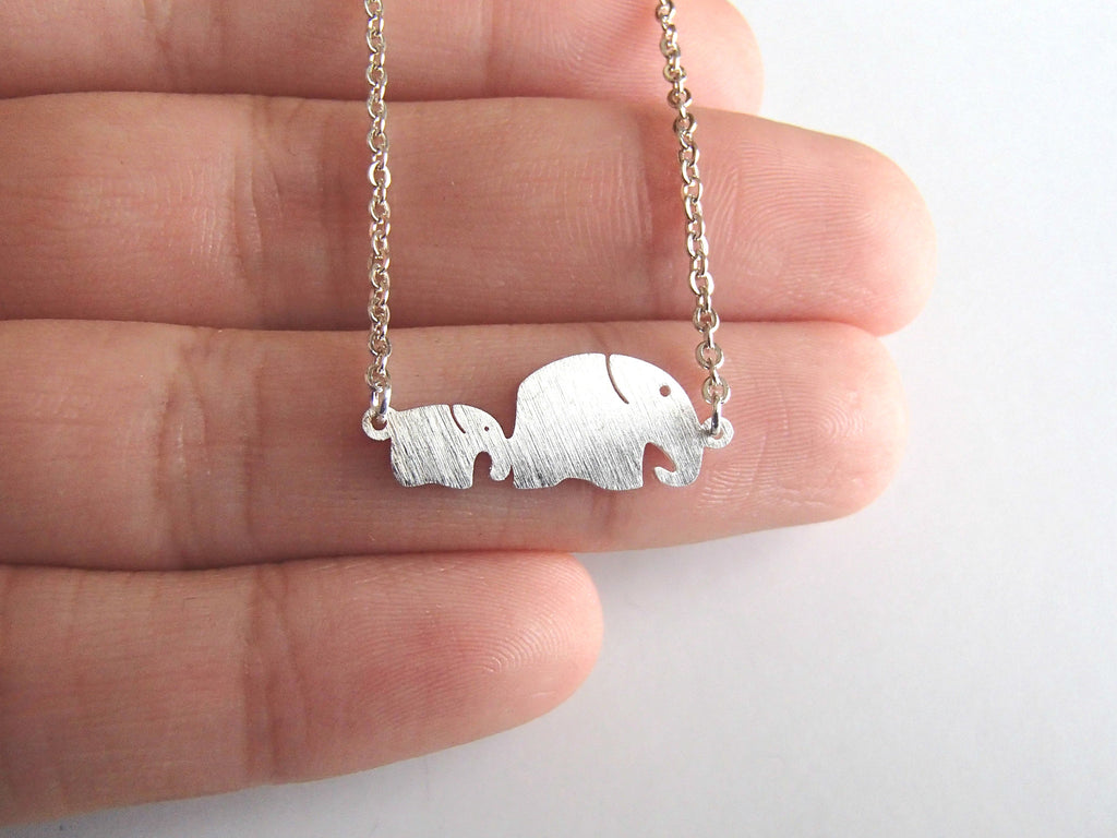Tiny Elephant Necklace-Rosa Vila Boutique