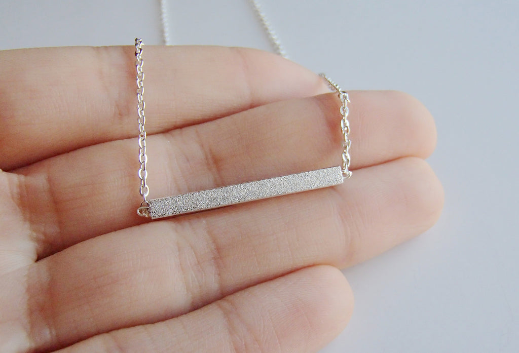 Gold Minimalist Bar Necklace-Rosa Vila Boutique