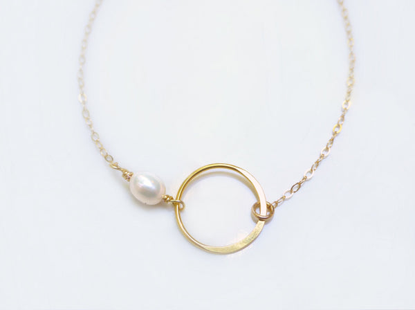 Gold Infinity Necklace With Freshwater Pearl - Dainty Pearl Jewelry