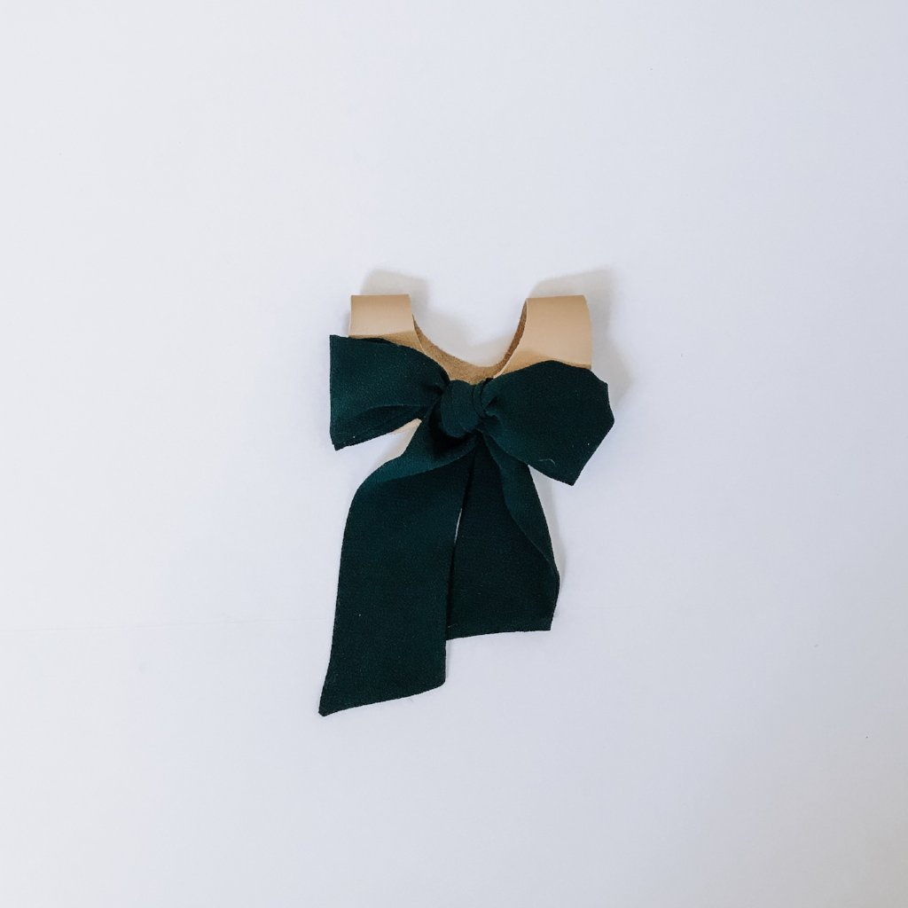 Forest Green Bow Tie Collar