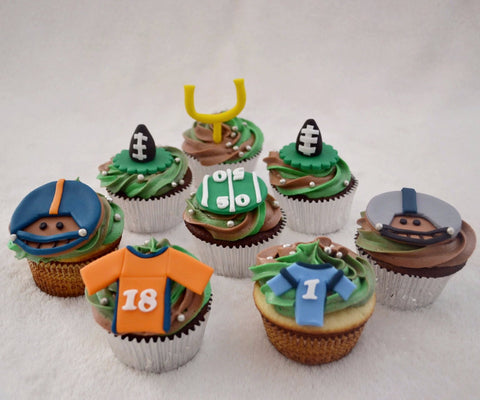 SuperBowl2016 Cupcakes by Sugar Street Boutique Denver Colorado Cupcakes American Football field cupcakes Toronto Ontario Canada two colour swirl icing ball cupcakes Broncos cupcakes Carolina Panthers Football Cupcakes NFL Cupcakes Fondant SuperBowl50 Super Bowl 50