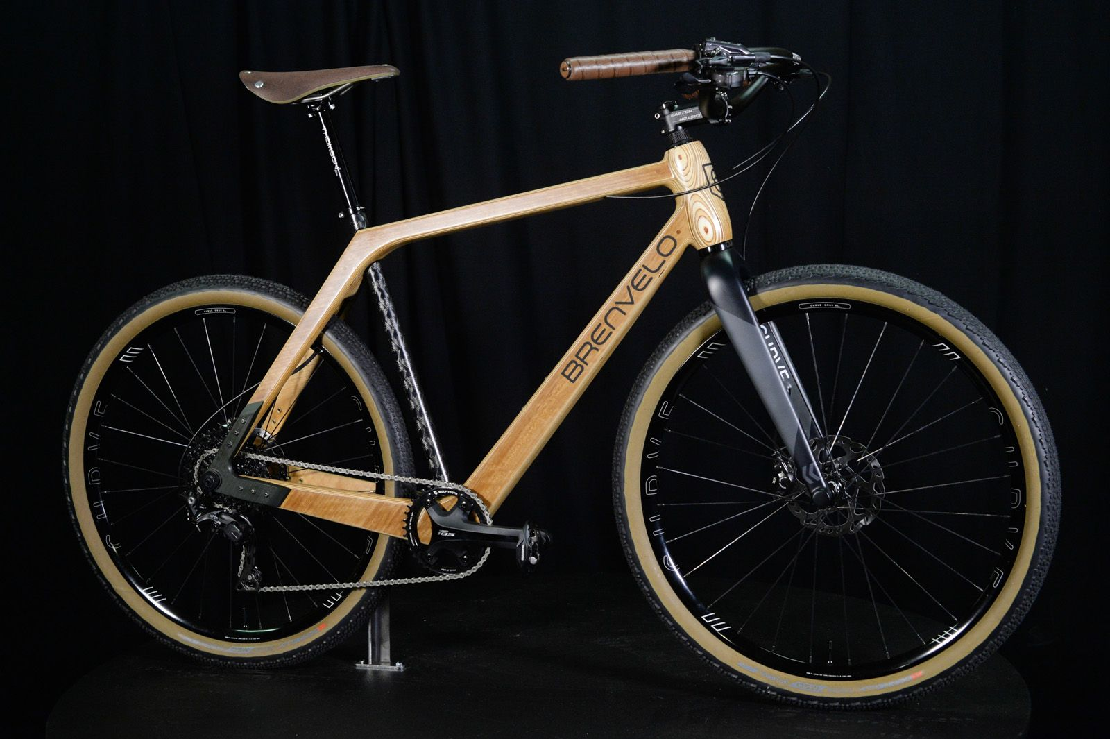 Brenvelo Plywood Carbon Gravel Bike | Handmade Bicycle Show Australia 2019