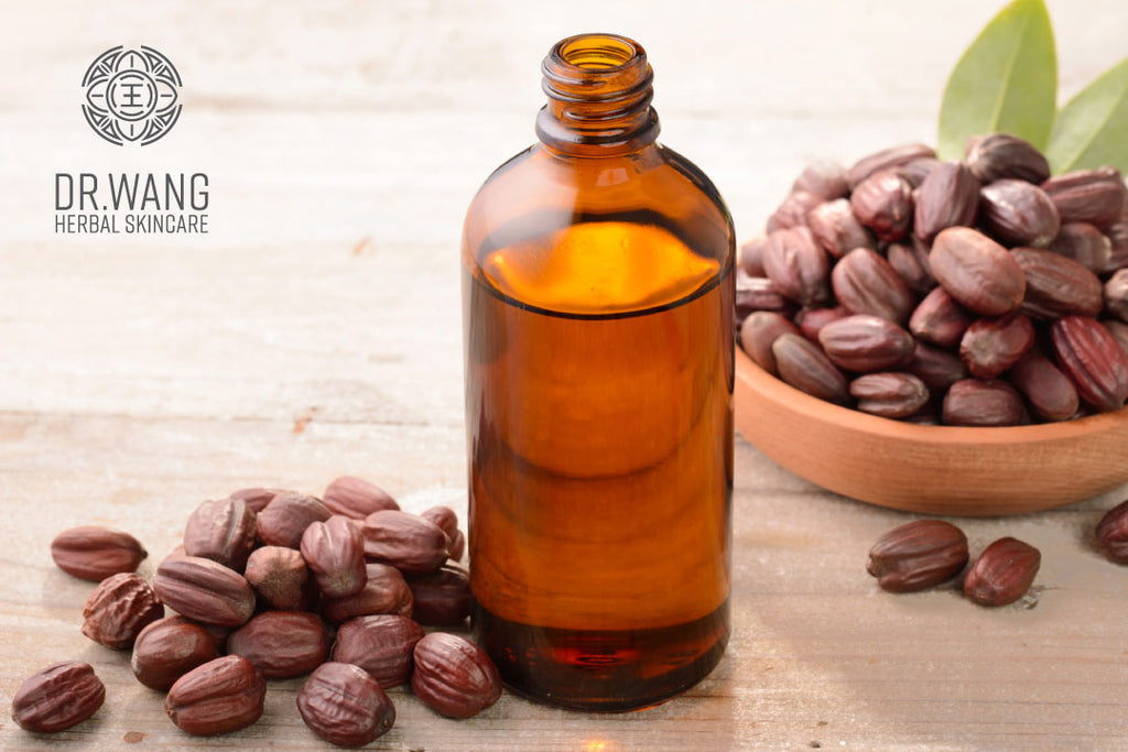 4 Benefits of Jojoba Oil