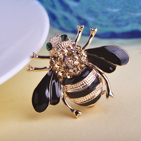High Quality Bee Brooches Enamel Esmalte Broches 18K Gold Plated Champagne Rhinestone Hijab Pins juego de tronos Halloween joyas