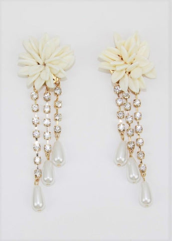 Floral Dangling Earrings