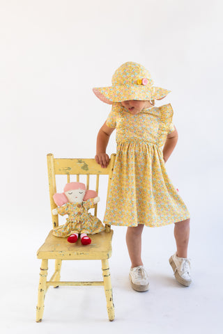 Yellow hat for girls