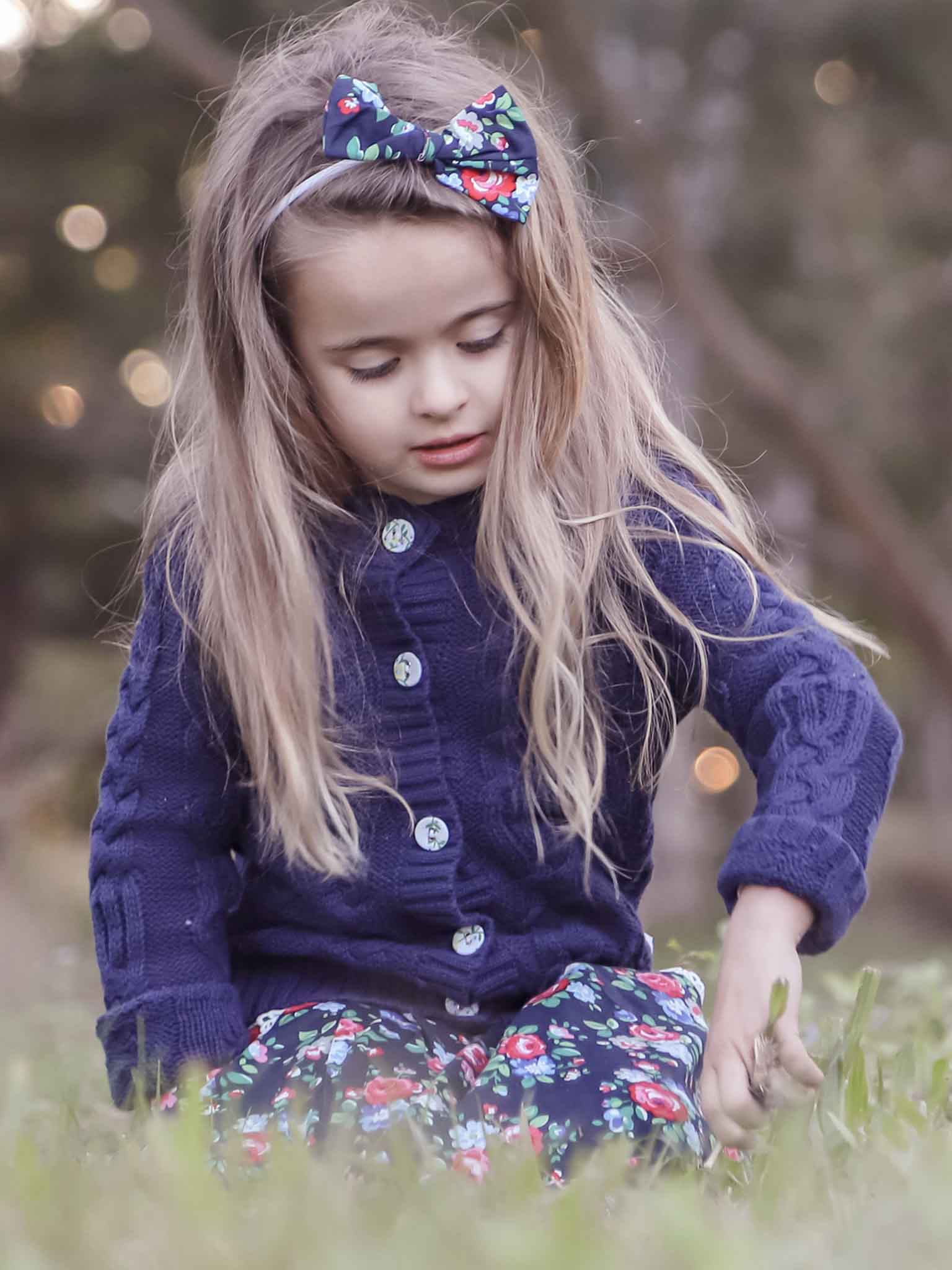 Navy blue cardigan for kids