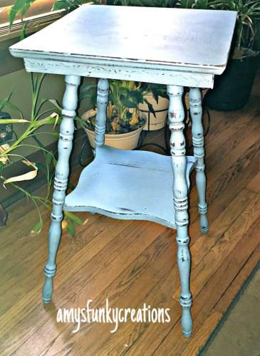 {Guest Blog} How to Paint, Distress, and Wax Furniture