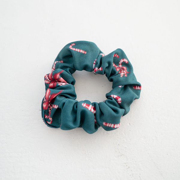 MINI EMERALD CANDY CANE SCRUNCHIE <BR> NUTCRACKER COLLECTION