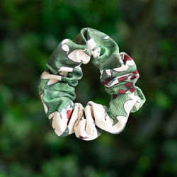 HOLLY SCRUNCHIE <BR> HOLIDAY COLLECTION