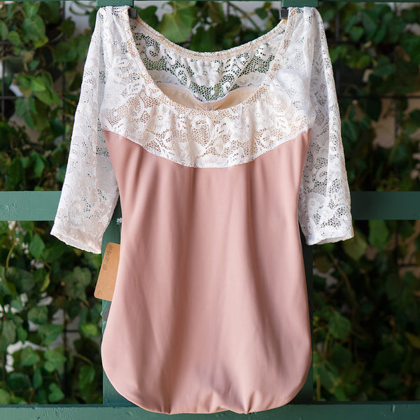 DUSTY ROSE & WHITE LACE 3/4 SLEEVE ACORN <br> BEST SELLER