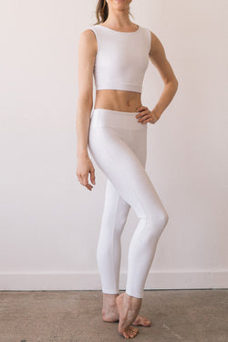 CHOOSE YOUR COLOR FLIGHT TOP & LEGGINGS <br> FULL SET