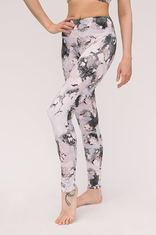 EVENING BLOOM <br> ORIGINAL LEGGINGS