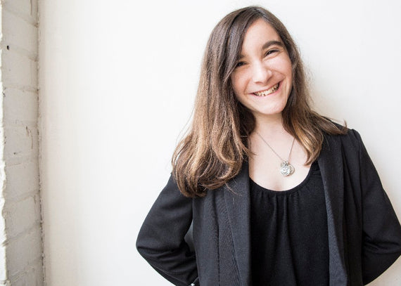 HANNAH ALPER - 15 Year Old Activist, Blogger, Motivational Speaker & Author