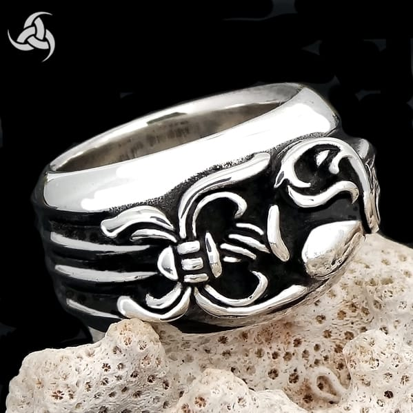 Sterling Silver Biker Dagger Heart Ring - Sinister Silver Co.