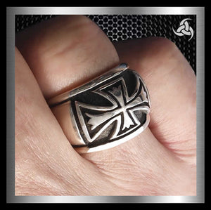 Mens Biker Ring Sterling Silver Knights Templar Cross Size 9.25 - Sinister Silver Co.