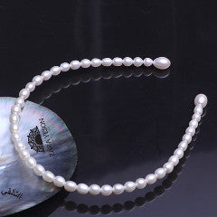 Princess pearl collar