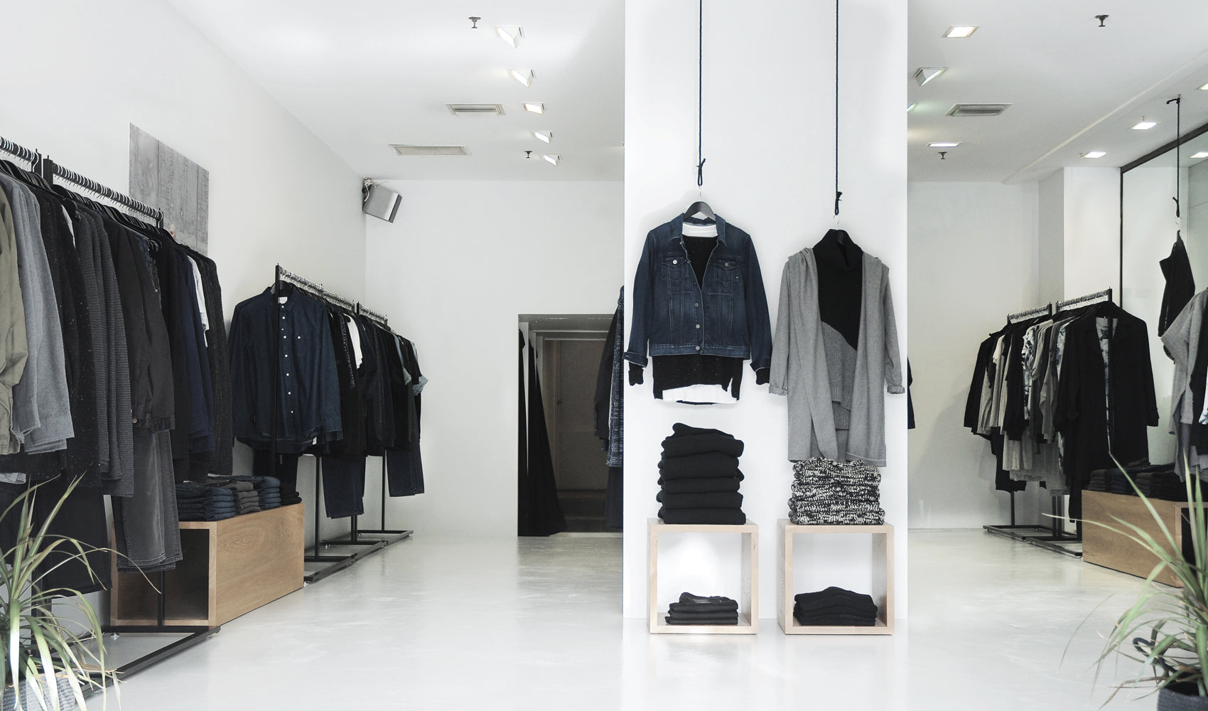 Minimalist Fashion Boutique | Fitzroy, Melbourne | Nique