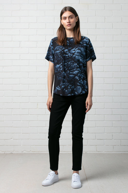 FORMATION PRINT SILK TEE