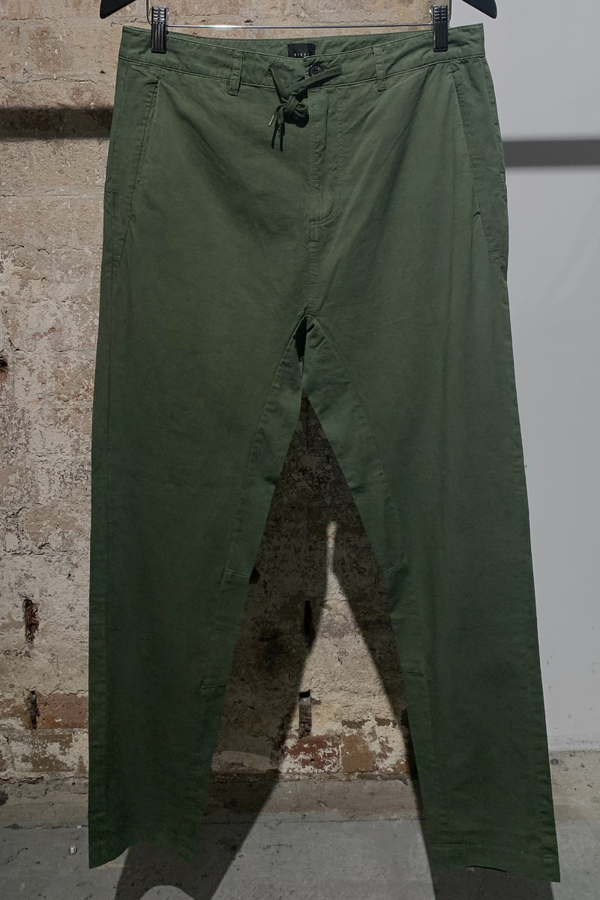 MENS KHAKI PARALLEL COTTON PANT