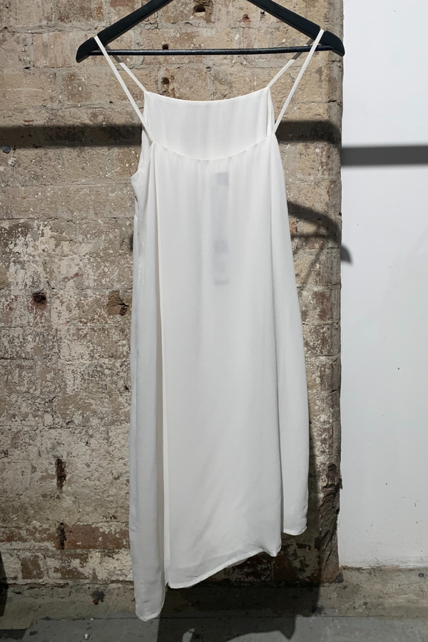 WHITE LINE OF SIGHT VISCOSE DRESS