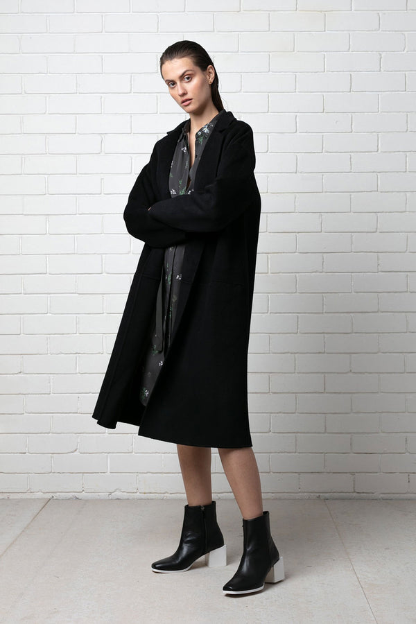 BLACK MAAYA WOOL COAT- LIMITED EDITION