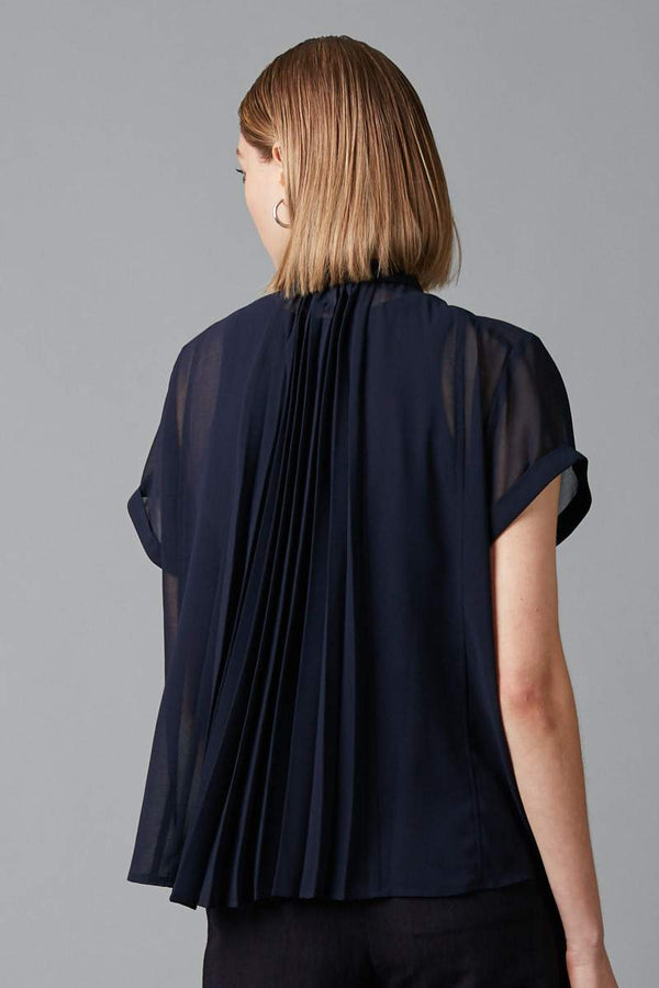 NAVY JINTO PLEAT BACK SHIRT