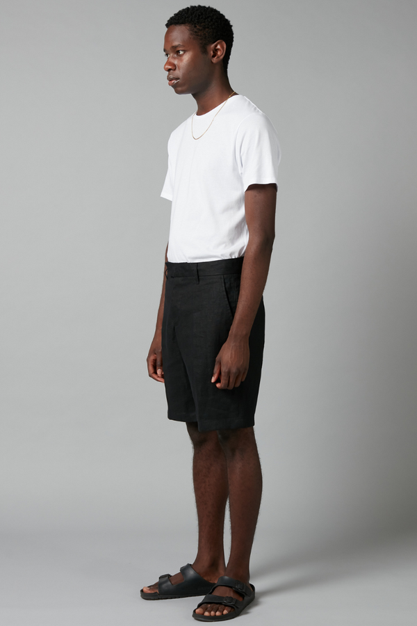 Black Namiko Linen Short