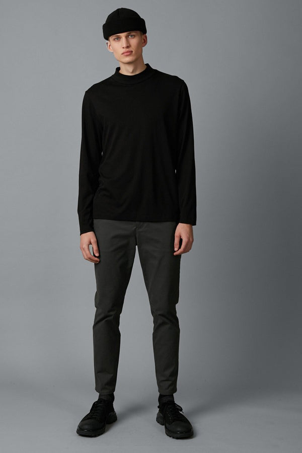 BLACK RIKEN HIGH NECK LS TSHIRT