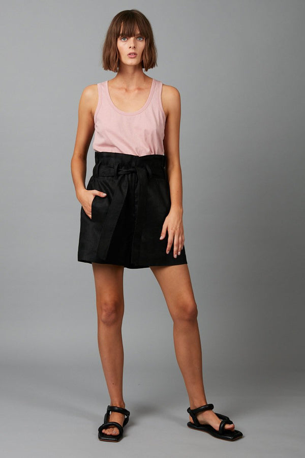 BLACK RELAXATION LINEN SHORT