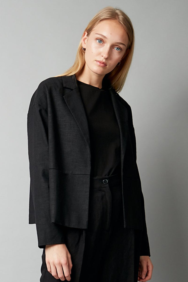 BLACK LINEN AMAYE CROPPED JACKET