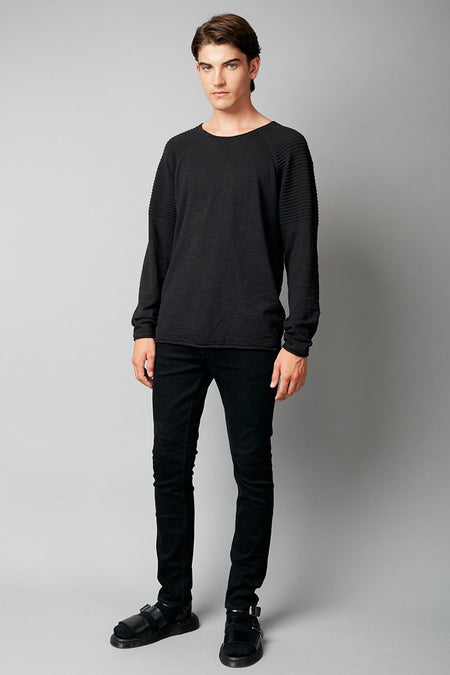 BLACK FUMI UNISEX DISTRESSED KNIT