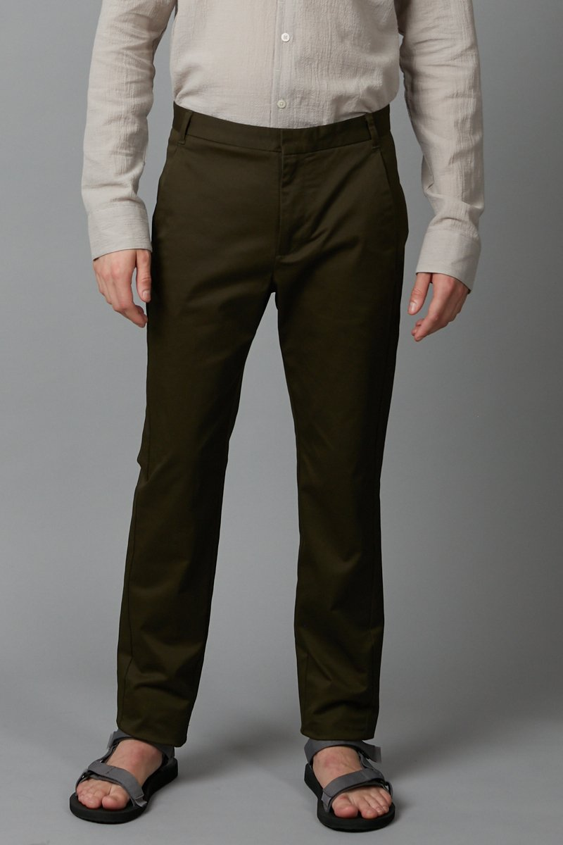 KHAKI SLIM STRAIGHT CHINO