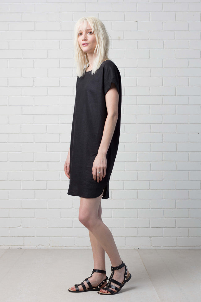 HANAE DRESS - BLACK