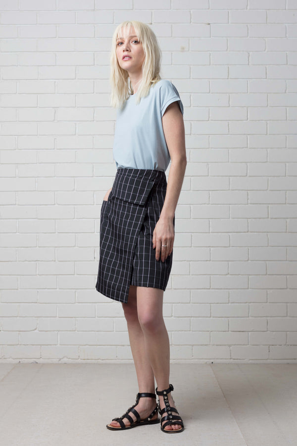 Black White Check Katsuki  Asymetrical Skirt