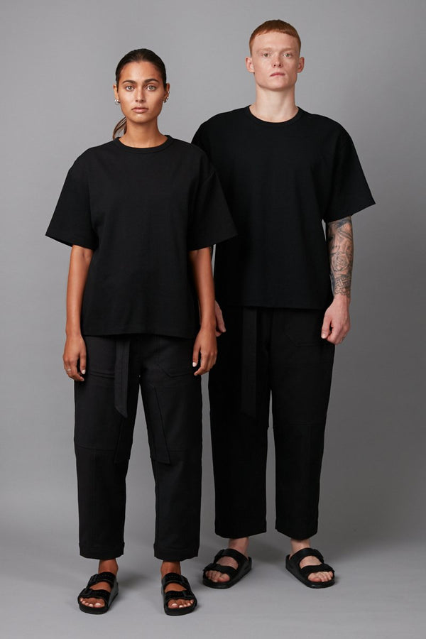 BLACK BOX UNISEX OVERSIZED TEE