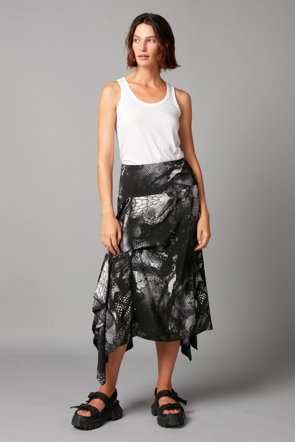 Black and White Wire Print Hiki Skirt