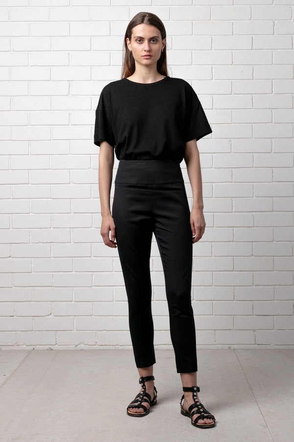 BLACK WOMENS FOUNDATION PANT