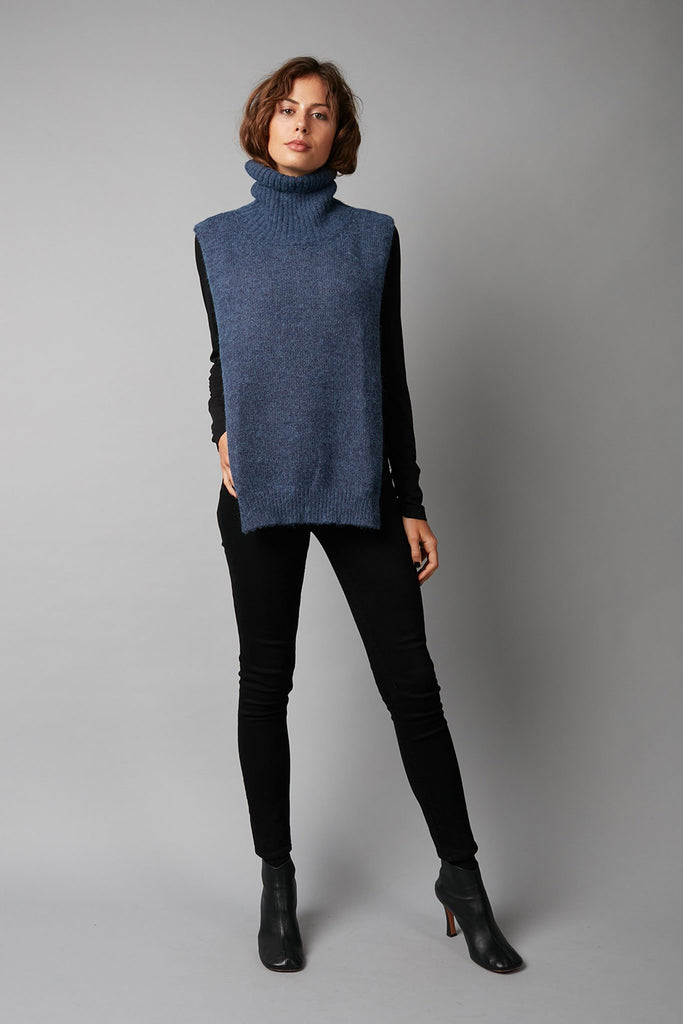 BLUE HIROMI KNITTED VEST - LIMITED EDITION