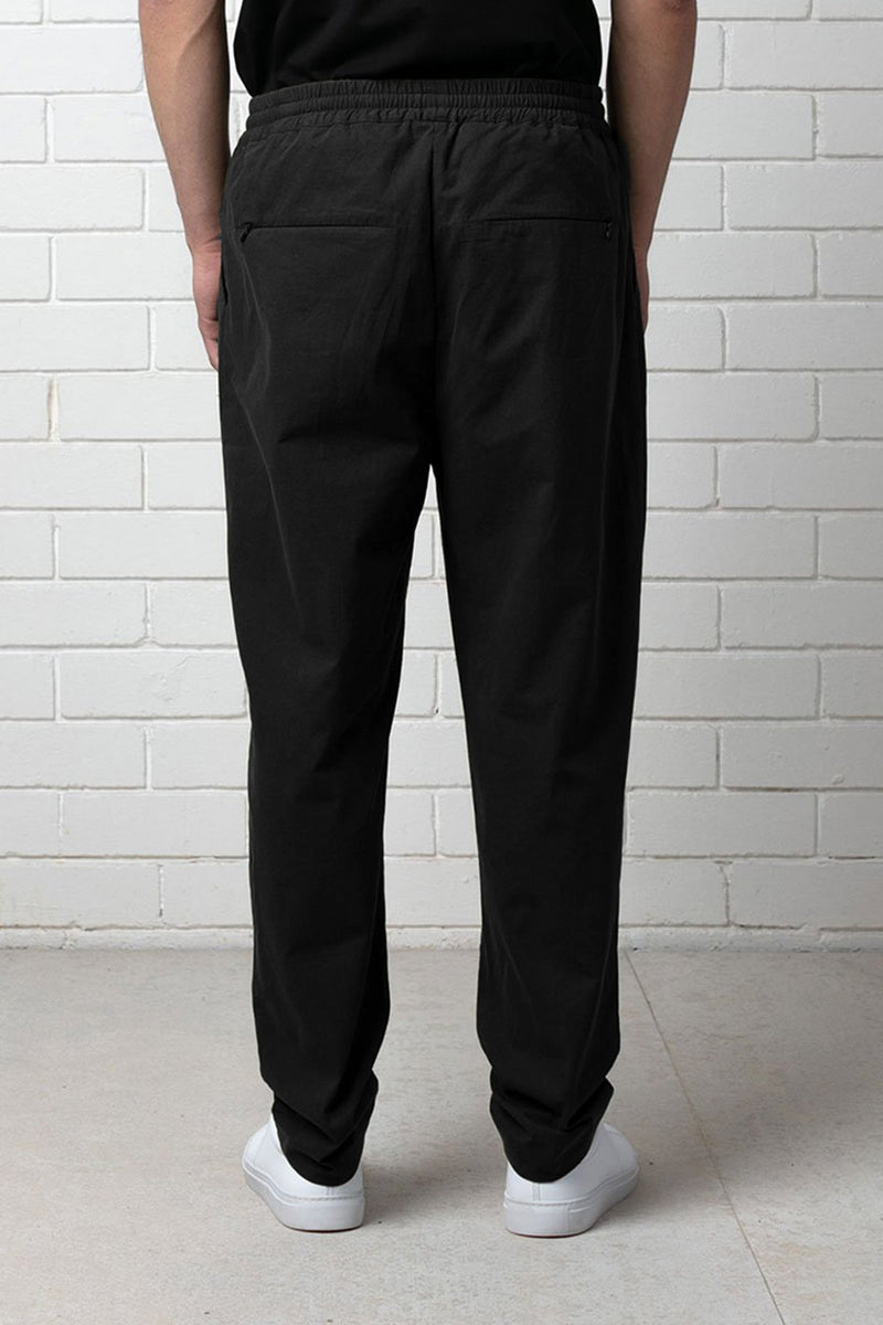 BLACK OKABE ELASTICISED WAIST TAILORED PANT - Nique Clothing