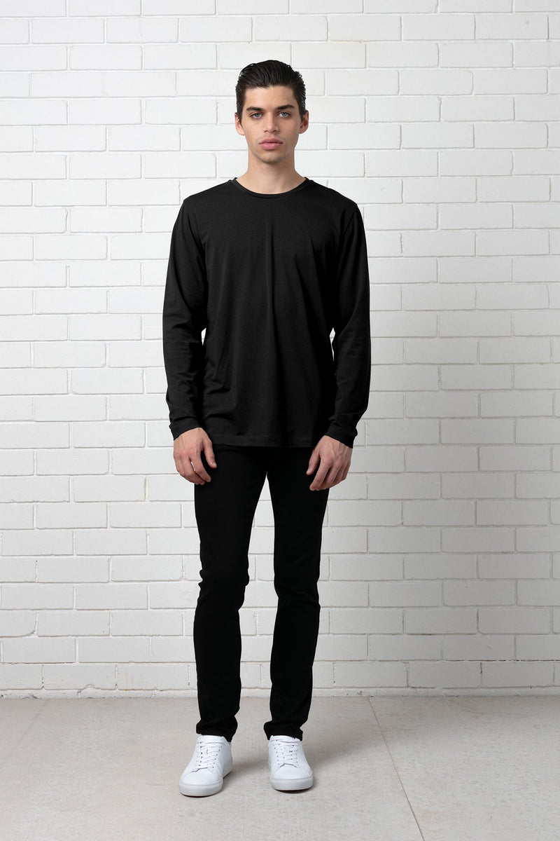 BLACK LONG SLEEVE SEKEI TEE