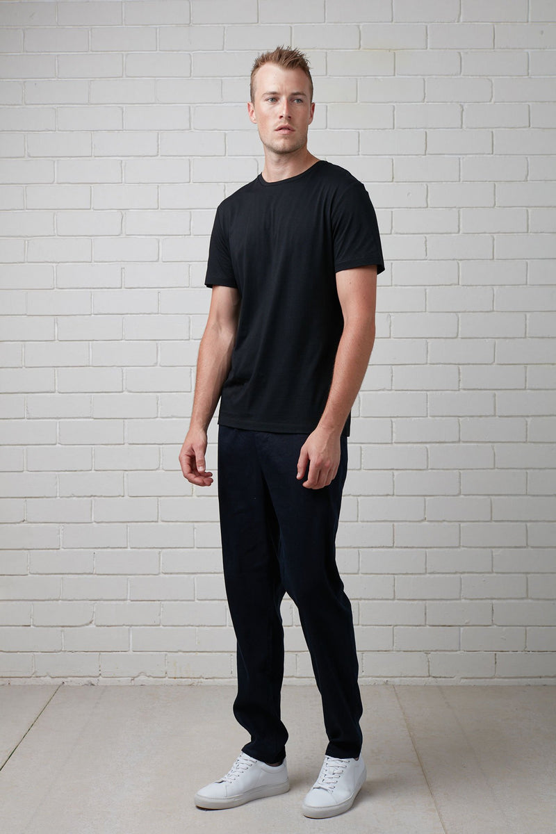 BLACK COTTON SLIM TEE