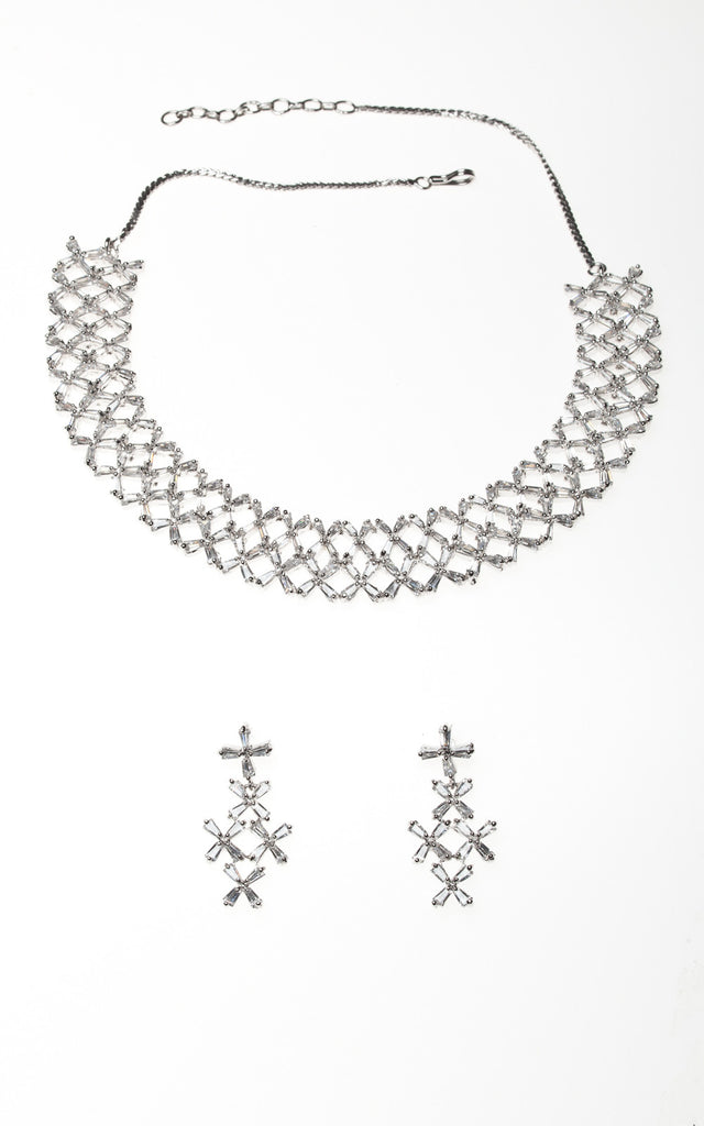 Austrian Crystal in delicately cross design