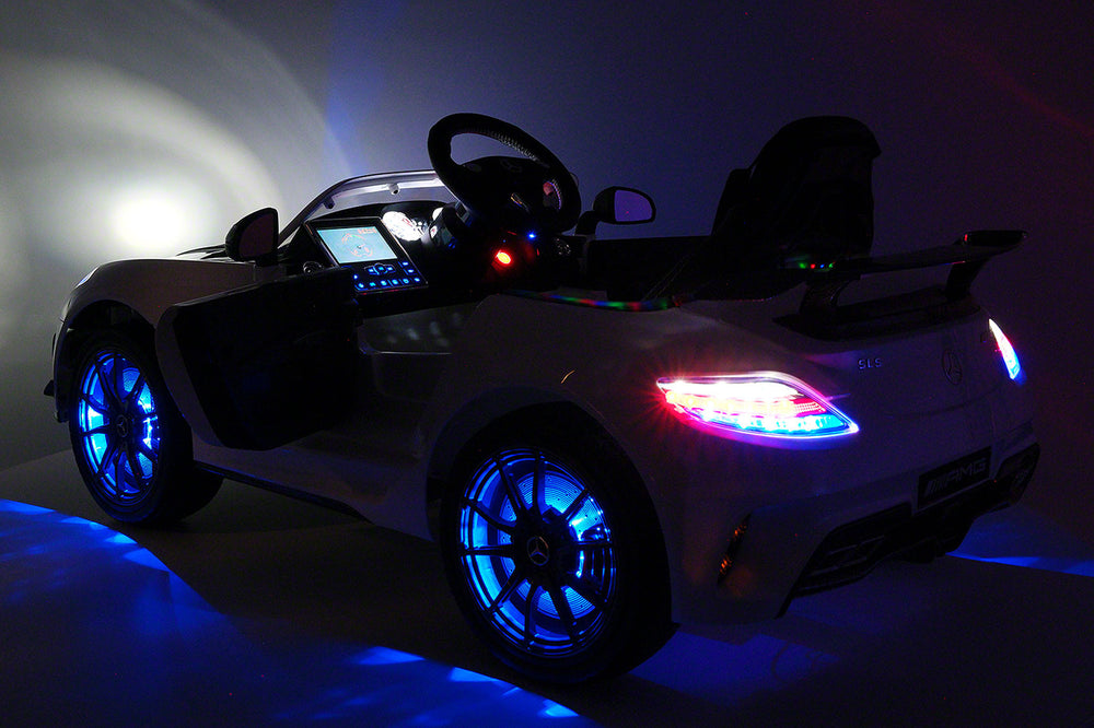 Moderno Kids Mercedes SLS AMG Final Edition 12V Kids Ride-On Car with Parental Remote | White - www.ModernoKids.com
